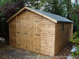 Deluxe Apex 19x11, Double Doors and Heavy Torch-On Roofing Felt.