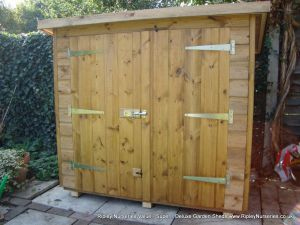Tool Shed 4x2, Double Doors in High Side.