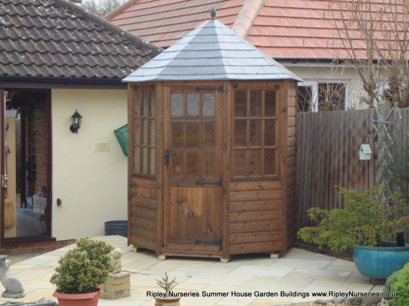 Frensham single door Gazebo 6X6.